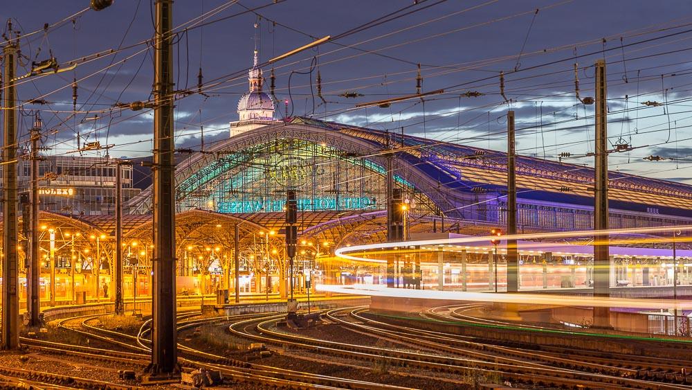 Die besten Fotolocations in Köln. Von den Kranhäusern über den Kölner Dom bis zur Hohenzollernbrücke