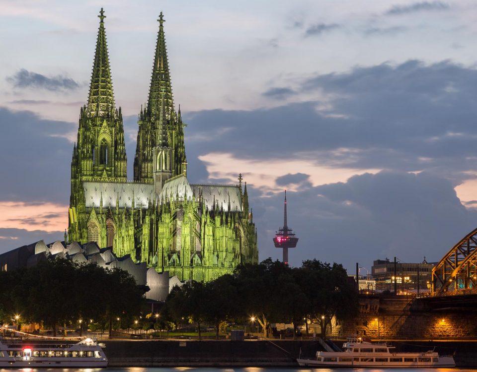 Kölner Dom und Hohenzollernbrücke, Altstadt, Köln