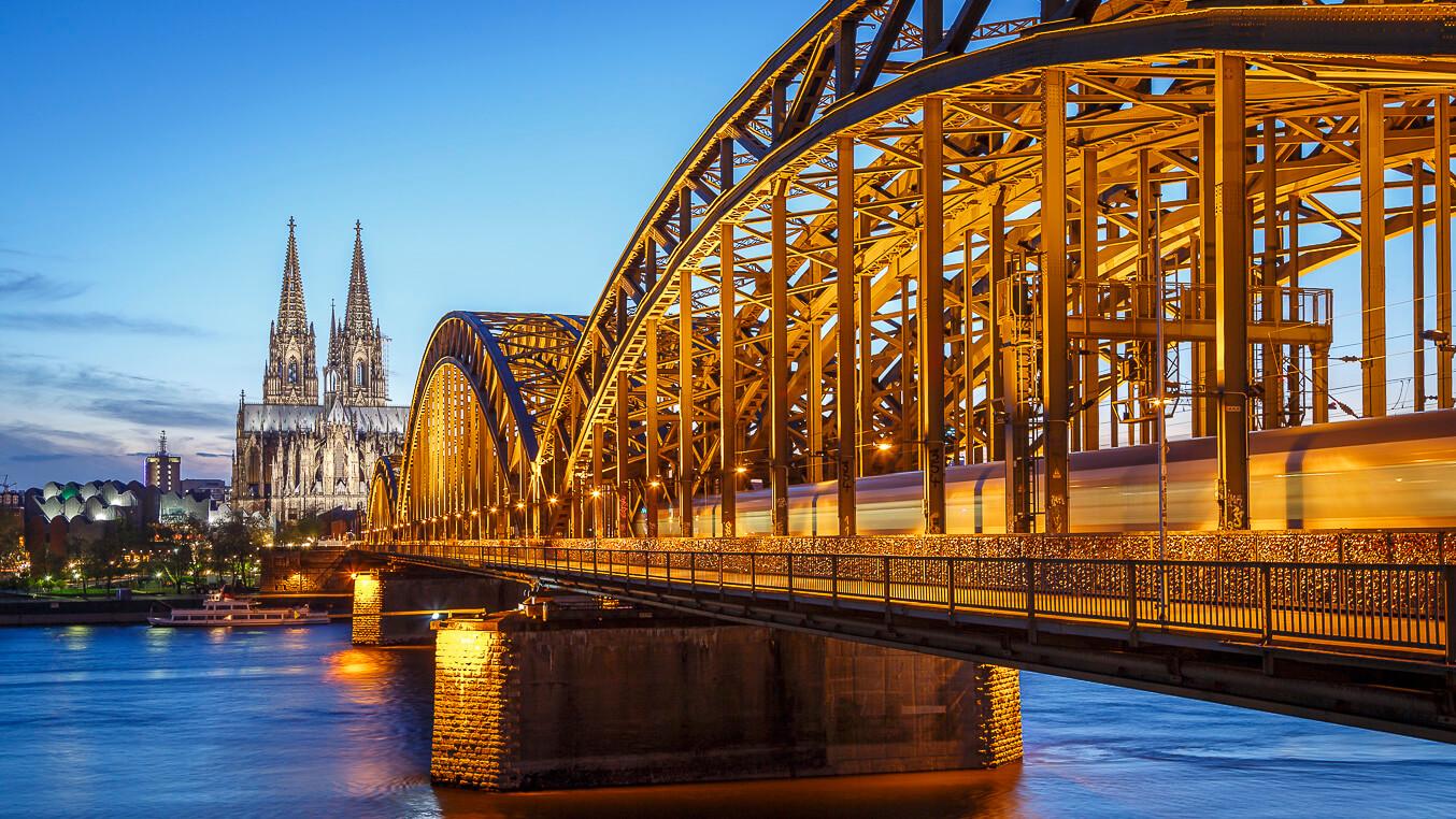 Fotokurs Blaue Stunde und Nachtfotografie. Köln bei Nacht