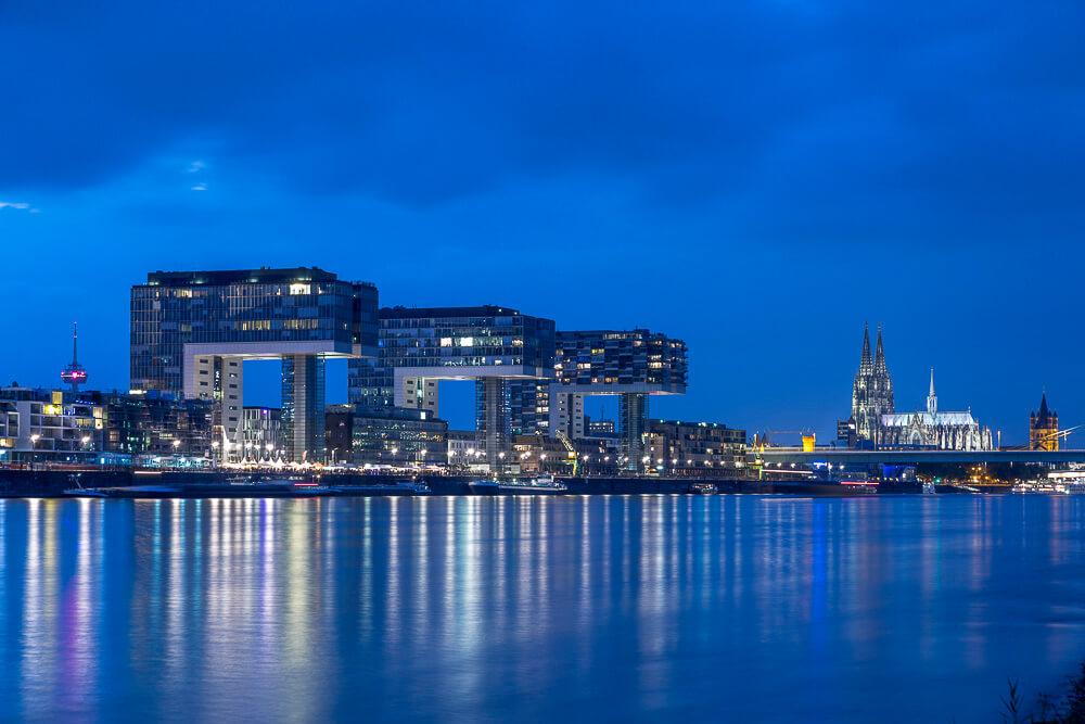 Städte fotografieren in der Blauen Stunde